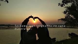 Gambar cover Sesuatu Di Jogja - Adhitia Sofyan (Unofficial Lyrics Video)