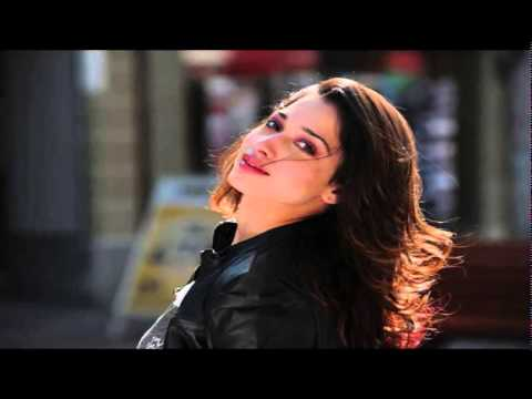 Shruti hassan Tamanna lip lock in Party - YouTube