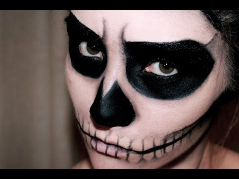 EASY SKULL MAKEUP - HALLOWEEN | MissCharlotte
