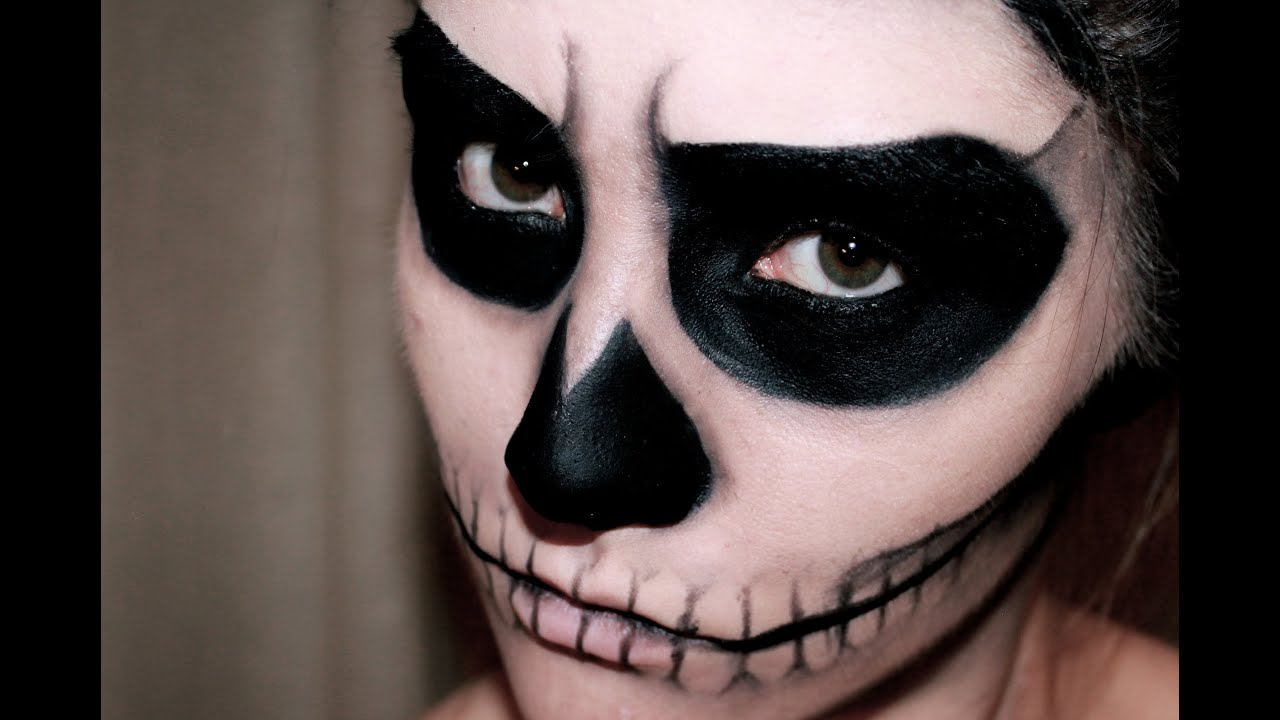 EASY SKULL MAKEUP - HALLOWEEN | MissCharlotte - YouTube