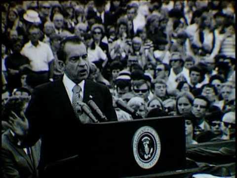 President Nixon at Tallahassee Airport (1970)