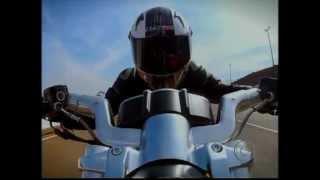 Muscle bike Suzuki B-King 1340 cc, Vs  Harley V-rod Muscle 1250 cc e Triumph Rocket 3 2300 cc.