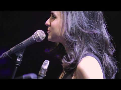 Andrea Motis i Joan Chamorro - The Nearness of You (en concert)