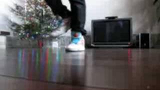 Electro step - Tecktonik Electro dance -  SAM ZAKHAROFF(Electro Step - те движения, которые нужны Вам для того, чтобы совмещать с руками в Electro Dance (tecktonik) JUST DANCE - Канал..., 2009-01-14T00:51:17.000Z)
