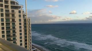 Какой же он Атлантический океан? Вид с окна нашего номера отеля во Флориде Diplomat Beach Resort!