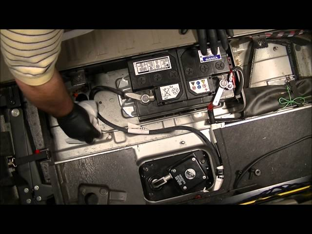 2004 Volvo Xc90 2 5l Fwd How To Change The Battery