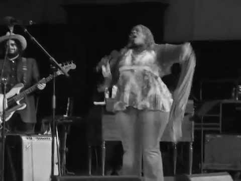 "THORNETTA DAVIS ""Sing The Blues"""