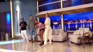 Xuxa dança novo hit da Banda Vingadora