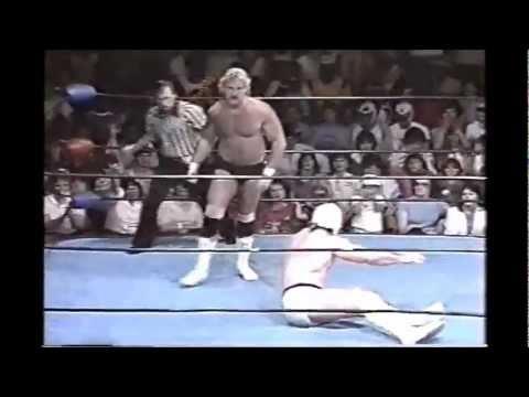 Mr Wrestling II vs Magnum T A YouTube
