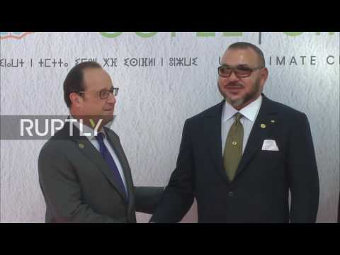Morocco: Hollande greeted by King Mohammed VI ahead of COP22 address