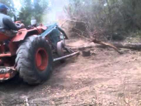Tractor Pampa con topadora
