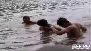 หลุดแอบถ่ายผู้ชายอาบน้ำ เห็นหมดเลย 18+ : NATCLUB93