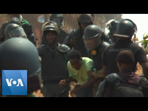 Clashes in Guinea Over Conde's Referendum Plans