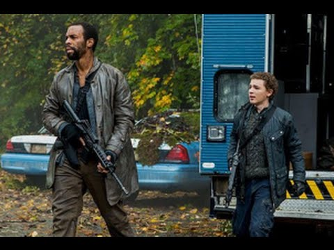 Download Falling Skies Season 5 Episode 4 Review & After Show | AfterBuzz TV