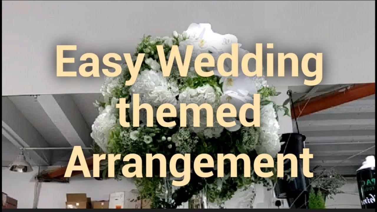 Elegant wedding Arrangement #florist #floraldesigner #floristry