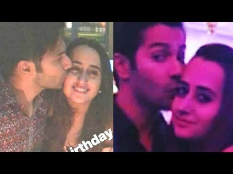 Varun Dhawan UNSEEN Photos With GF Natasha Dalal Mp3