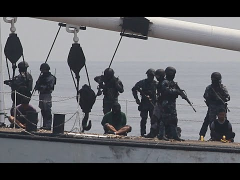 👊Americans and Russians against Somali pirates 2018 PART 1