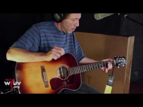 "Yo La Tengo - ""The Point of It"" (Live at WFUV)"
