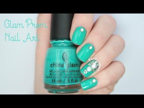 Glam Prom Nail Art