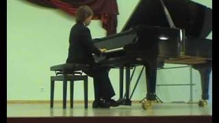 F.Chopin  - Preludium h-moll op.28 nr 6 wyk.Mateusz Krzyżowski