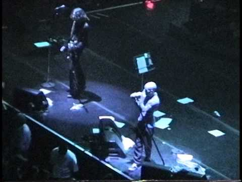 R.E.M. - (The Spectrum) Philadelphia,Pa 10.12.95