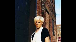 Robyn:  With Every Heartbeat ( live ) on bbc radio 1
