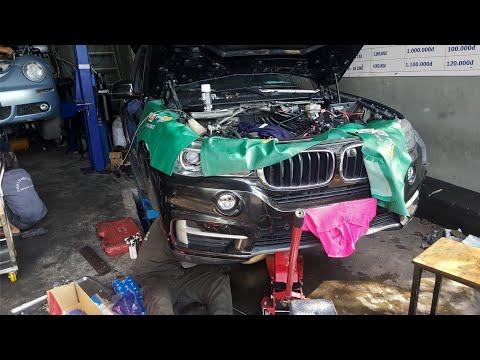 Bảo dưỡng BMW X5, lý do ô tô máy dầu châu Á ra khói đen