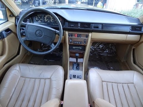 Youngtimer w124 mercedes benz 300e interior review video for Mercedes benz 1990 e300