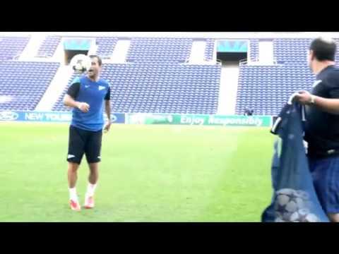 Alexander Kerzhakov - Amazing Trick on Training