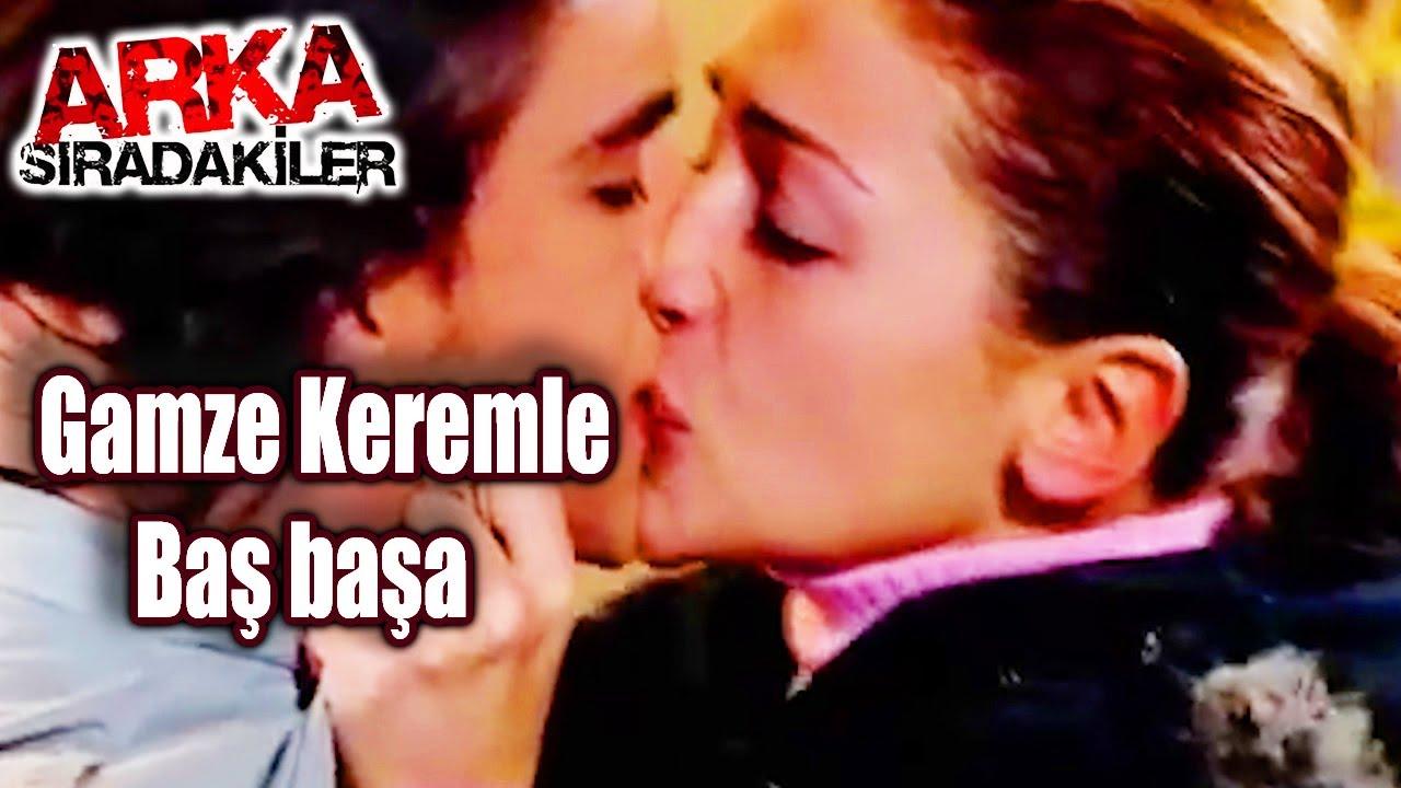 Ömer ve Zeynep ilk öpüşme - Doktorlar 41. Bölüm