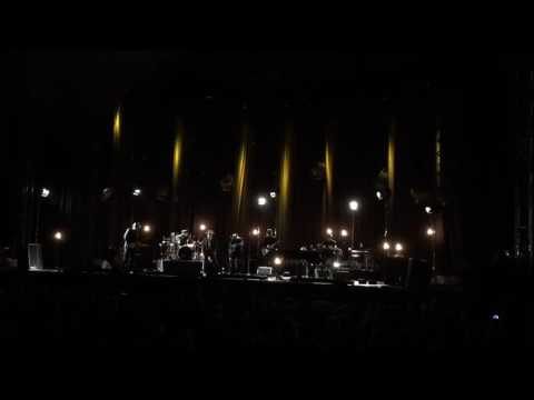 Bob Dylan & His Band playing Freebird (Clip)  - 06/09/16 - Greek Theatre, Berkeley, CA
