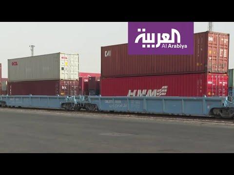 نشرة الرابعة | شاهد عمليات إيصال البضائع بعد تعقيمها إلى الميناء الجاف في الرياض  - نشر قبل 44 دقيقة