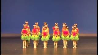 Publication Date: 2017-03-15 | Video Title: 聖三一堂小學 - 初級組舞蹈組 (小小花兒)