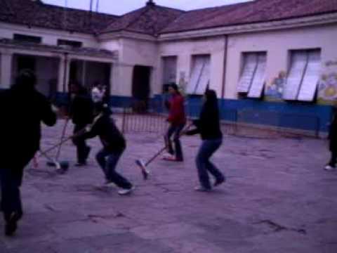 SEMANA DE LOS JARDINES-JUEGOS CON PADRES - YouTube