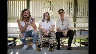 Pond & Winston Surfshirt discuss Berry, NSW.