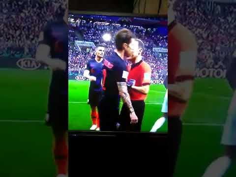 Šime Vrsaljko(Drago Ćosić) great reaction against England – Šime obranio gol!!