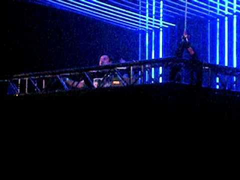 Paul Oakenfold playing Richard Durand - Dryland (Phynn Remix) @ ASOT 500 Den Bosch