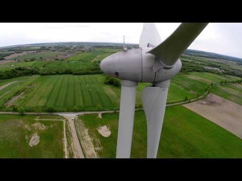 Turbina wiatrowa - Stary Chwalim / Knyki (gm. Barwice, powiat szczecinecki)