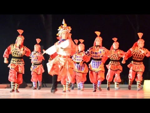 Dances Of Malaysia - Dancing In The Moonlight (23)