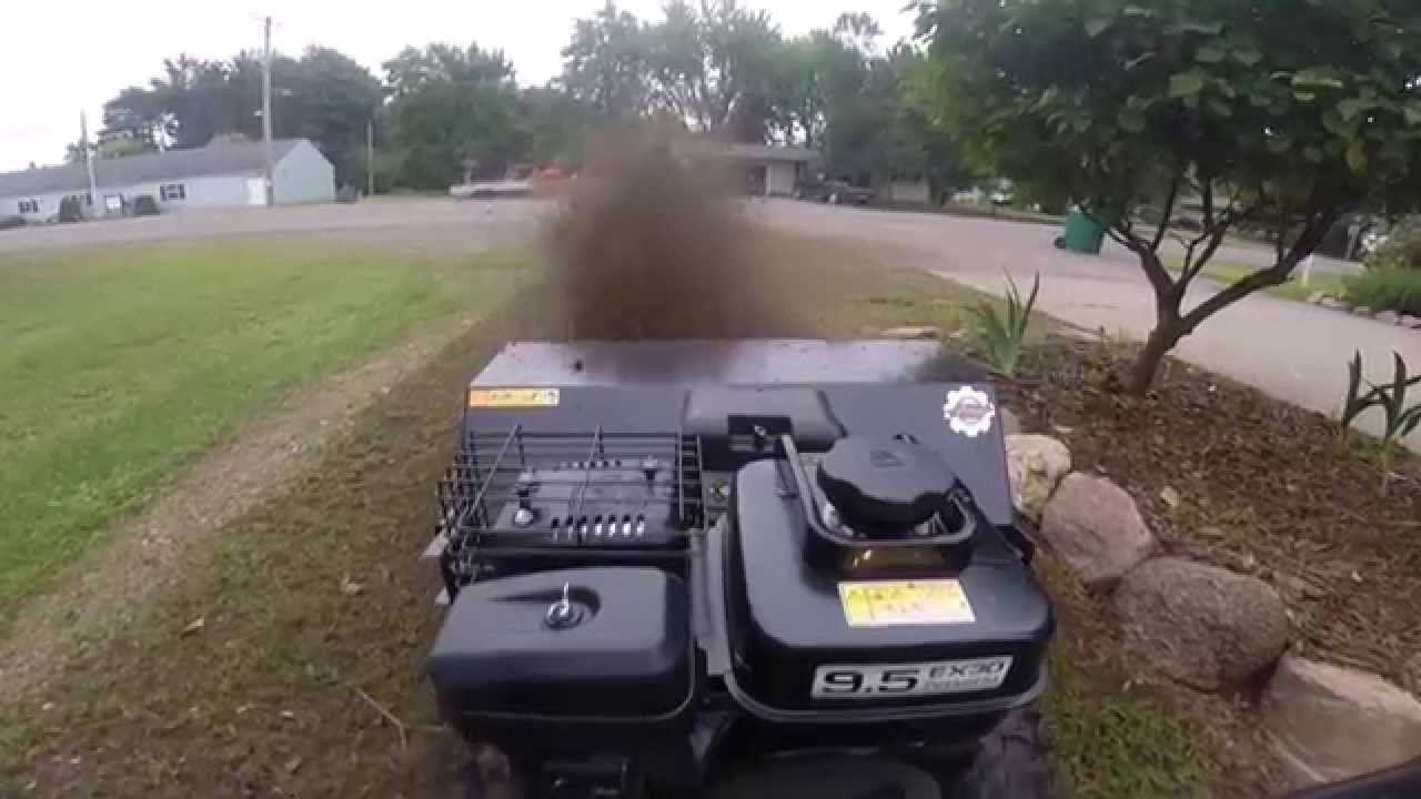 Ariens Hydro 36 Brush Cleaning A Gravel Driveway