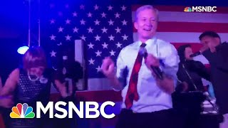 Gambar cover Steyer Dances To Back That Thang Up Before S.C. Primary | MSNBC