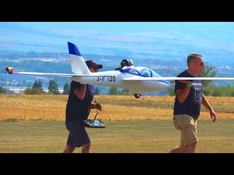 STUNNING XXL FOX MDM-1 PYRO GLIDER SHOW FLIGHT DEMONSTRATION