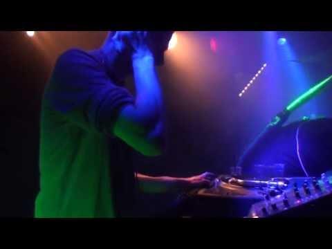Alien Duch - Live (Free Bass Attack 4)