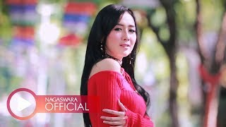 Gambar cover Ucie Sucita - Digenjot Cinta (Official Music Video NAGASWARA) #music