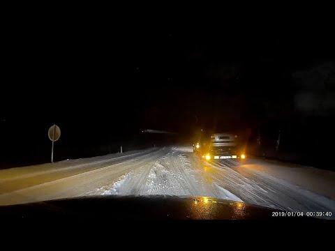 Schneechaos in Bayern - Autotransporter schleppen, fragwürdige Warnung & Drifts (Dashcam Aufnahmen)
