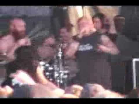 Killswitch Engage - A Bid Farewell - Warped tour '07