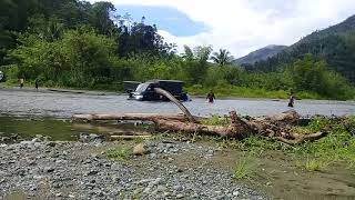 Video Mobil Terjebak di Sungai Desa Dataran Bulan, Ampana Tete Touna download MP3, 3GP, MP4, WEBM, AVI, FLV Agustus 2018