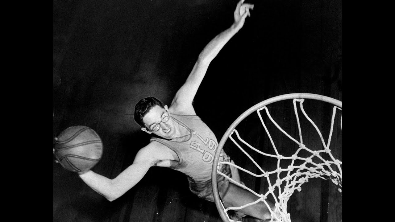 George Mikan (AMAZING BASKETBALL NBA DOCUMENTARY) [HD] - YouTube