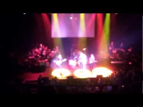 The Monkees - Tapioca Tundra (live 11-16-2012 - Chicago Theatre)