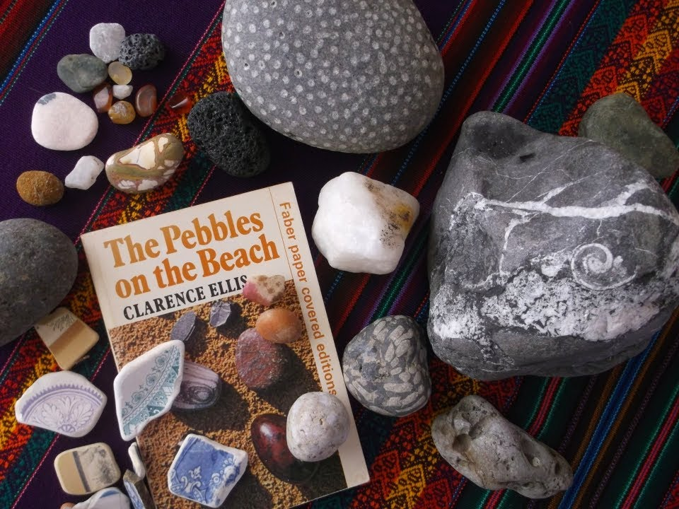 How to find FREE Crystals & Minerals on the Beach ♥